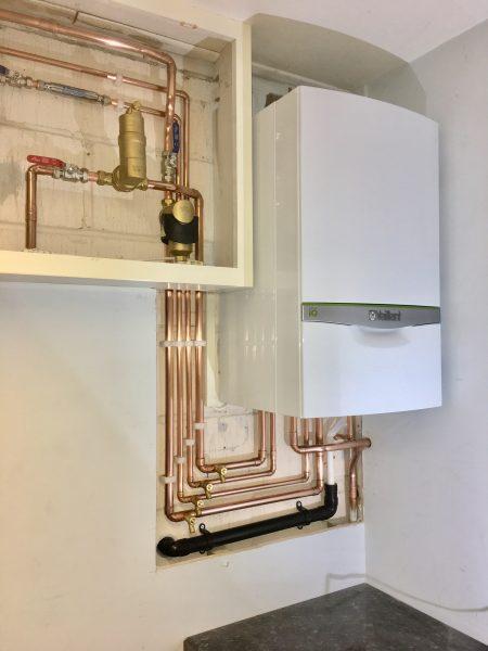 Vaillant Combi Boiler Installation 1